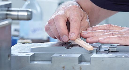 Praher Plastics Austria GmbH - Plastic valves, pipes and